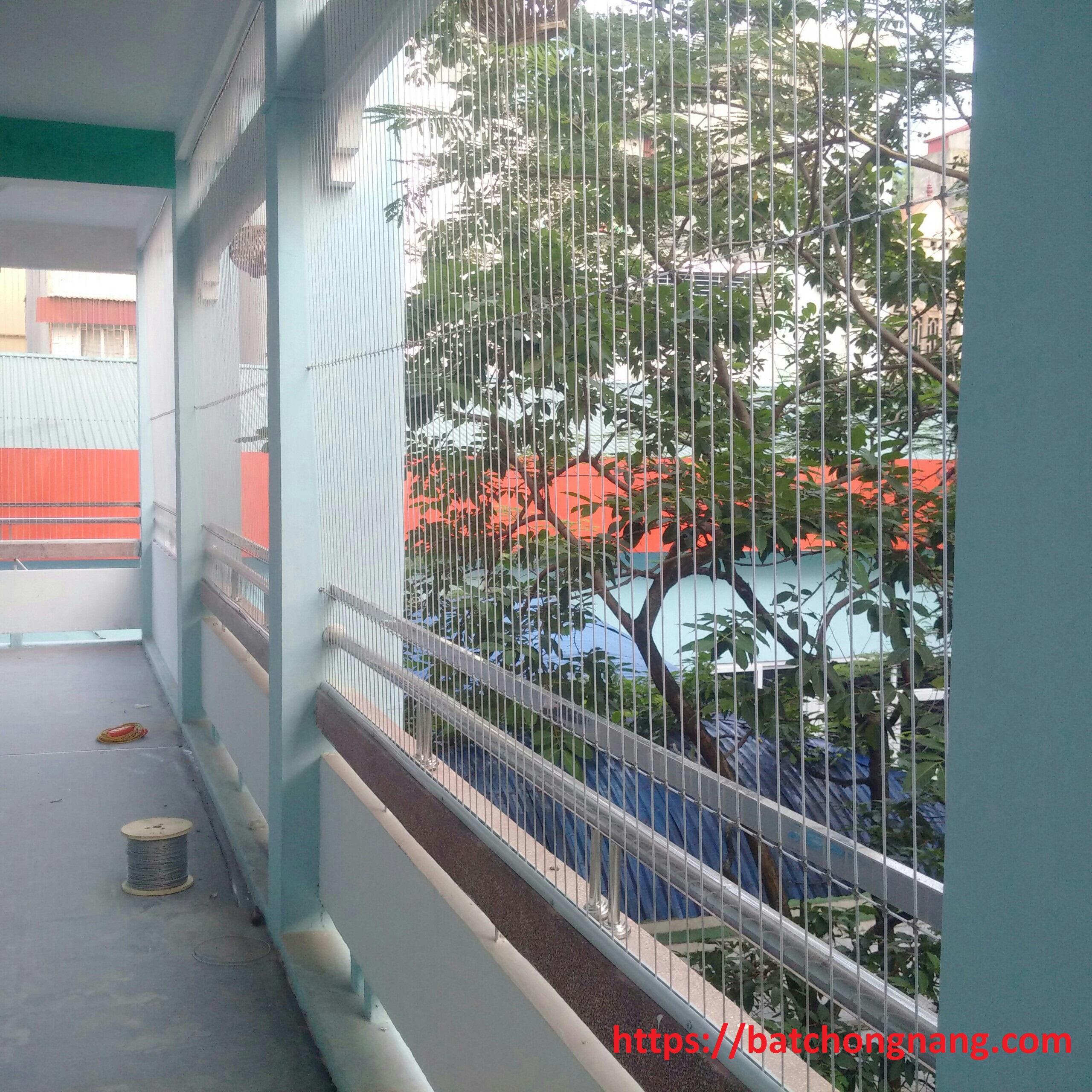 lưới an toàn trường học