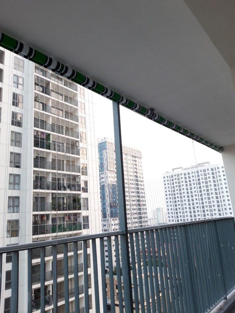 bạt che nắng mưa chung cư khi không sử dụng